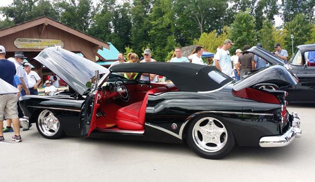 Street Rodder Magazine >> 1953 Buick Skylark Convertible Seats and Upholstery Interiors Restoration